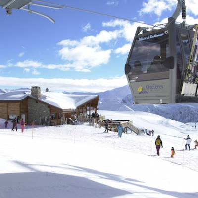 Skiing cable car