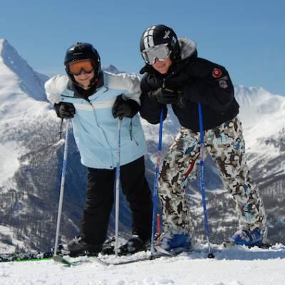 Skiing teenagers