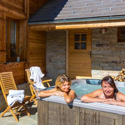 spa in intiwasi chalet in alps