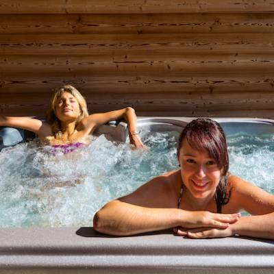 spa in intiwasi chalet in the Alps