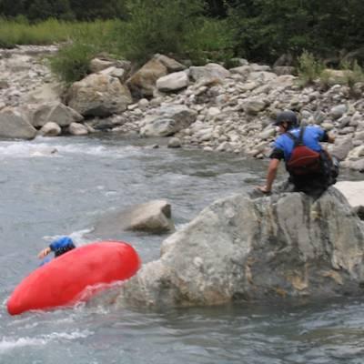 kayaking white water beginners course falling in