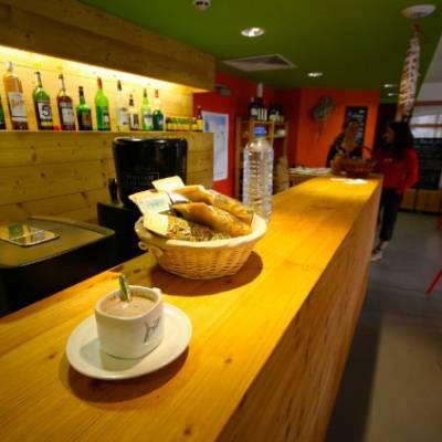 Auberge des Ecrins bar