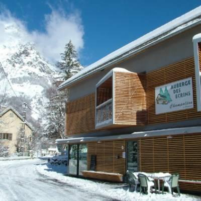 Auberge des Ecrins in winter