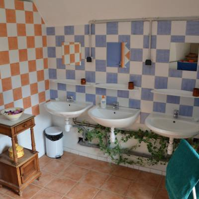 Yurts in the french Alps bathrooms