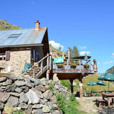 a-night-in-the-tourond-refuge-in-the-southern-french-alps-(10-of-10).jpg