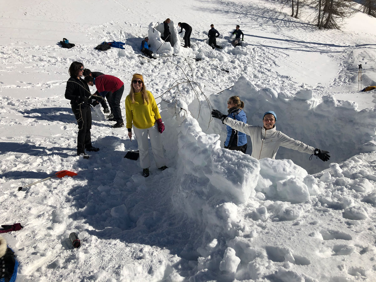 igloo-building-team-JLL.jpg